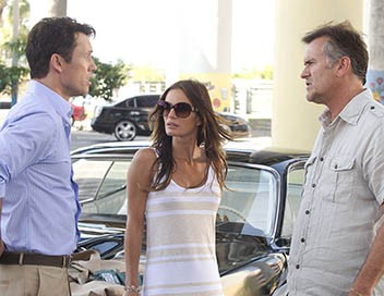 Burn Notice S05E04 Coeur de pirate