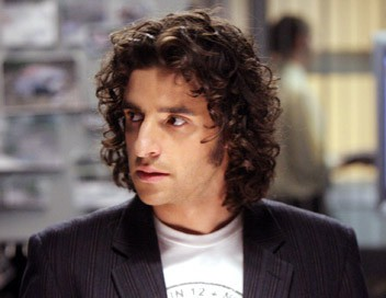 Numb3rs S02E14 Trafic d'organes