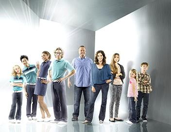 The Neighbors S02E08 L'examen