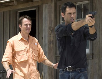 Burn Notice S01E10 Agent trouble