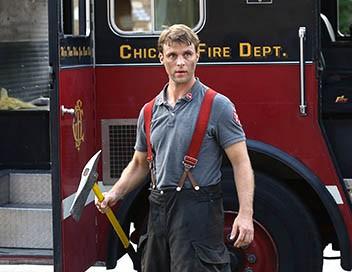 Chicago Fire S04E01 Sur la sellette