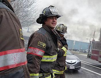 Chicago Fire S04E16 Mouch enterre sa vie de garçon