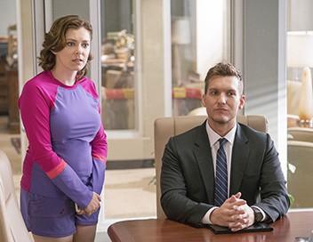 Crazy Ex-Girlfriend S02E09 Mes collègues avant tout