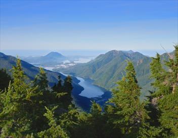 Trésors vus du ciel S01E14 L'île de Vancouver