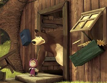 Masha et Michka S03E20 Des boules et des cubes