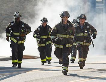 Chicago Fire S05E03 A la petite cuillère