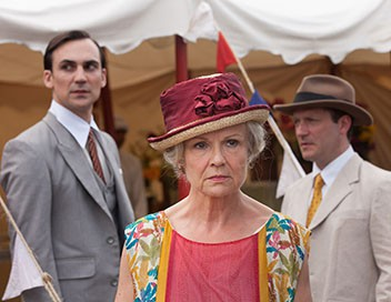 Indian Summers S01E03 Episode 3
