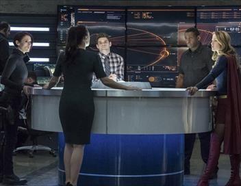 Supergirl S03E17 L'union terrible