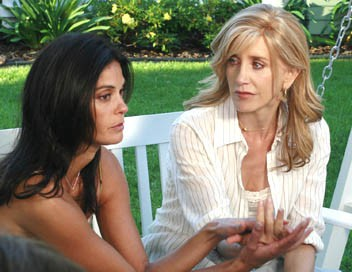 Desperate Housewives S04E01 La fleur de leurs secrets
