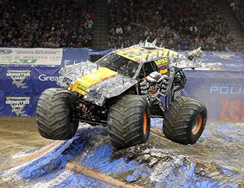 Monster Jam 2017 Nashville : Racing