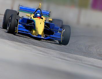 Comment c'est fait S21E09 Sièges d'Indy cars, fleurs de papier, générateurs de secours