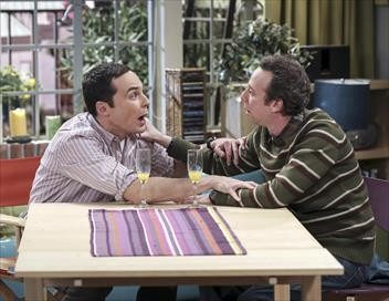 The Big Bang Theory S10E06 Coup de pied foetal et fièvre acheteuse