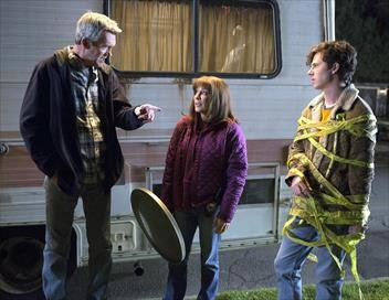The Middle S09E17 Les Heck contre les Glossner