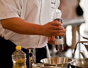 Goûtez voir A Crémieu, au restaurant «Le Castor gourmand»