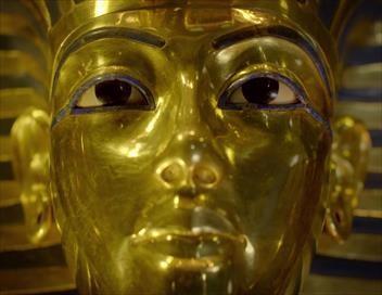Les trésors cachés de Toutankhamon S01E02 Le masque d'or