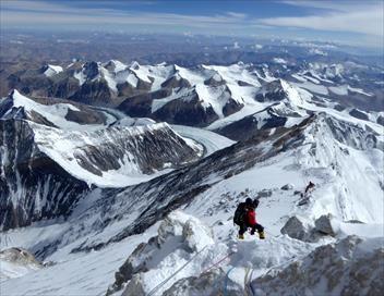 On va marcher sur l'Everest