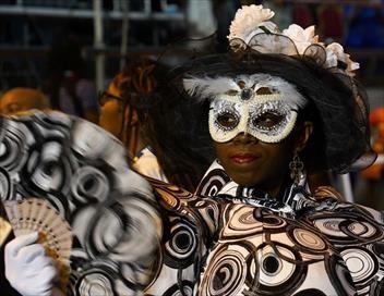 Passion outre-mer Grand format : Aux couleurs du carnaval