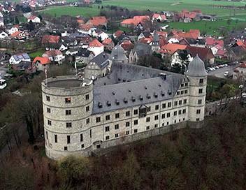 Mystères nazis S01E01 Le château hanté d'Himmler