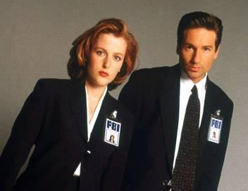 X-Files : Aux frontières du réel S06E20 Brelan d'as