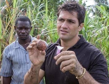 L'aventurier du goût en Afrique S02E00 Entebbe