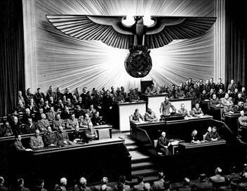 Hitler : la machine à propagande E01 La mise en route de la machine