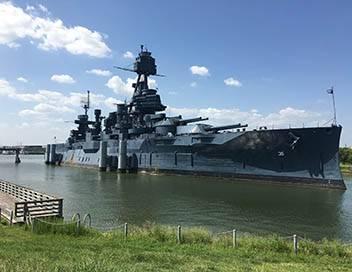 Navires de guerre E02 Le premier cuirassé