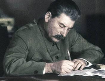 Apocalypse Staline S04E02 L'homme rouge