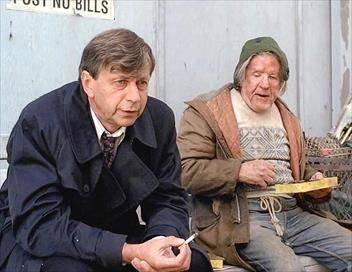 X-Files : Aux frontières du réel S04E07 L'homme à la cigarette