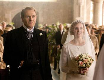 Downton Abbey S03E03 Au pied de l'autel