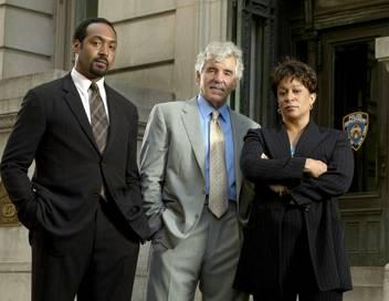 New York police judiciaire S16E16 Le prix d'une carrière