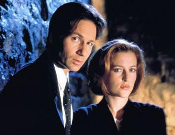 X-Files : Aux frontières du réel S05E11 Clic mortel