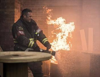 Chicago Fire S06E23 Fin de campagne