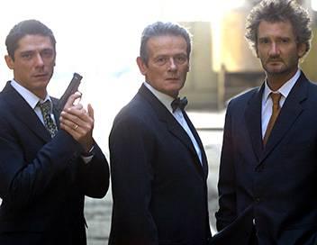 La crim' S05E12 Derrière le miroir