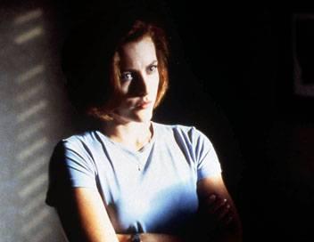 X-Files : Aux frontières du réel S06E16 Entre chien et loup