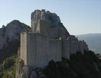 Châteaux forts E01 Les origines