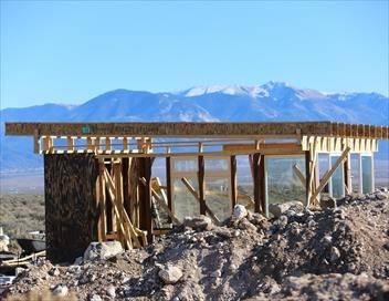 Constructions hors limites S02E01 L'île déserte