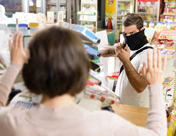 90' Enquêtes Braquages, vols, agressions : gangs de voleurs contre commerçants
