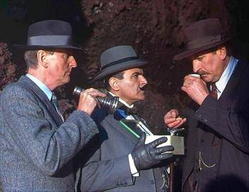 Hercule Poirot S08E01 Les vacances d'Hercule Poirot