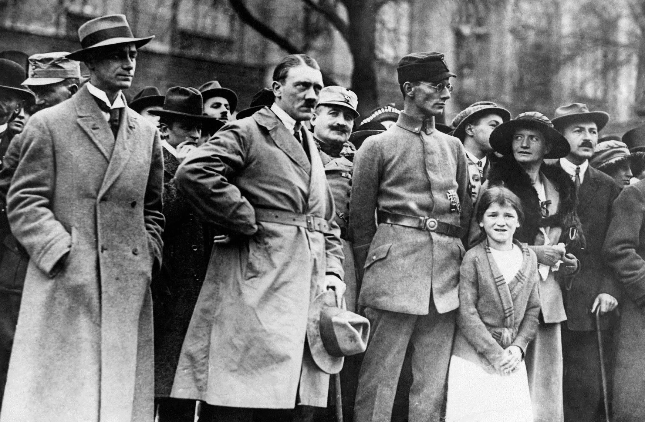 Hitler et l'Allemagne : une attraction fatale E01 La montée en puissance : 1889-1927