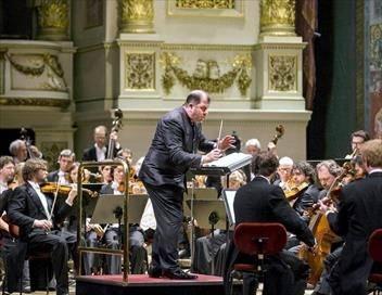 L'Orchestre du Festival de Dresde joue Robert Schumann