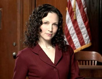 New York, cour de justice S01E04 Le beau rôle