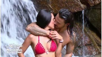 Les Marseillais : Asian Tour : Benjamin et Trystana s'embrassent pendant leur shooting photo !