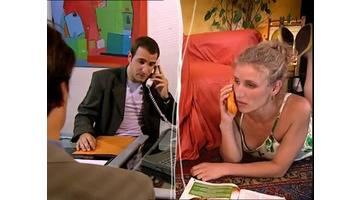 un gars une fille - au téléphone