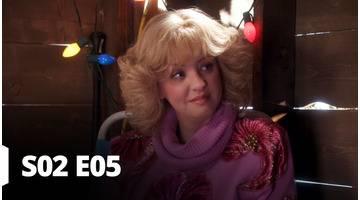 Les Goldberg - S02 E5 - La Famille prend soin de Beverly