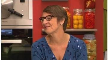 Poulet rôti à l'estragon, fromage frais et ses tomates 3/3