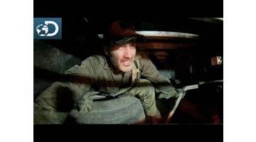 Caché sous un camion polonais : Lone Target