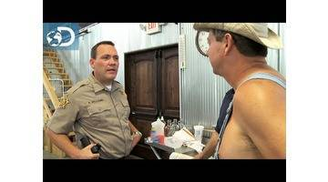 Première visite policière : Alcool de contrebande