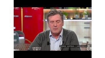 Daniel Auteuil, l'amoureux - C à vous - 05/11/2015