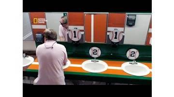 Foule sous contrôle - Comment inciter les hommes à se laver les mains ?