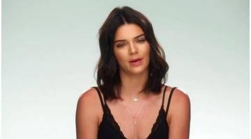 L'incroyable famille Kardashian : Saison 12 épisode 19 - Le seigneur des cougars
